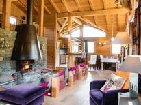 Ferienhaus 1558150 für 10 Personen in Les Houches