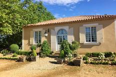 Holiday home 1558446 for 8 persons in Arles