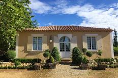 Vakantiehuis 1558446 voor 8 personen in Arles
