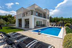 Villa 1558831 per 10 persone in Klimno
