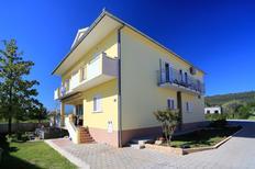 Appartement 1560250 voor 2 volwassenen + 1 kind in Sukošan