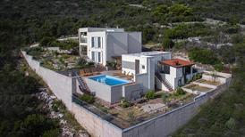 Rekreační dům 1561363 pro 12 osob v Donja Krusica