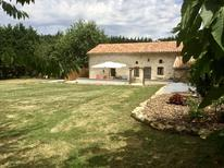 Holiday home 1561632 for 6 persons in Genouillé