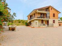 Appartement 1564091 voor 3 personen in Abbadia di Siena