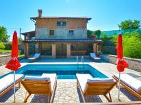 Ferienhaus 1564111 für 14 Personen in Ičići