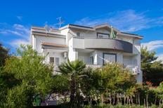 Mieszkanie wakacyjne 1565349 dla 2 dorosłych + 2 dzieci w Grebastica