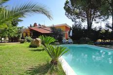 Ferienhaus 1566723 für 4 Erwachsene + 1 Kind in Quartu Sant'Elena