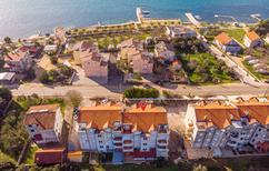Ferienwohnung 1566786 für 4 Personen in Turanj
