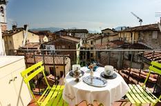 Appartement 1567818 voor 8 personen in Lucca