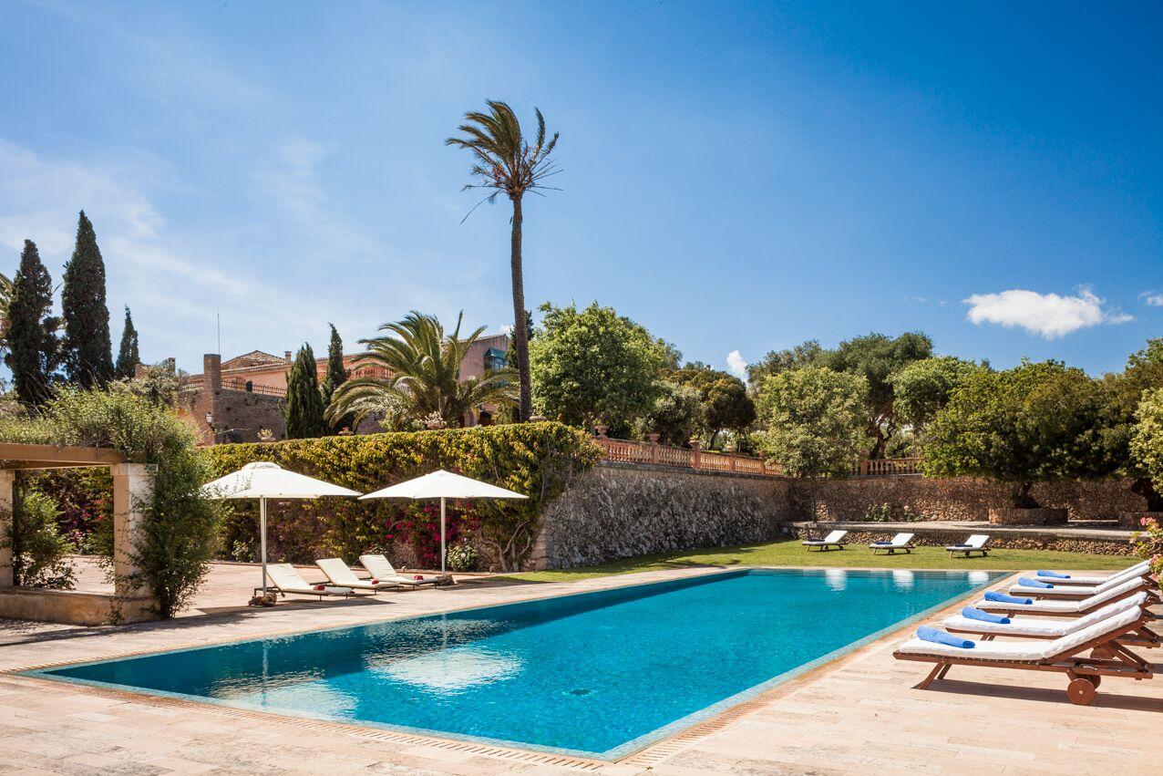 Ferienhaus mit Privatpool für 16 Personen in  Besondere Immobilie in Spanien