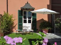 Appartement 1570586 voor 2 personen in Asti