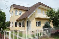 Ferienwohnung 1570966 für 9 Personen in Balatonboglar