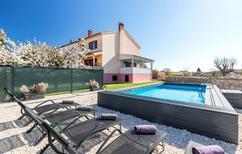 Casa de vacaciones 1571725 para 5 adultos + 1 niño en Fažana-Surida