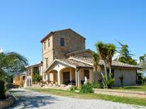 Holiday home 1572309 for 8 persons in Pineto