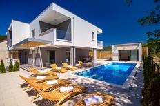 Ferienhaus 1572699 für 10 Personen in Kučiće