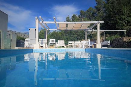 Gemütliches Ferienhaus : Region Split-Dalmatien für 9 Personen