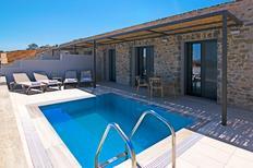 Vakantiehuis 1572773 voor 5 personen in Triopetra