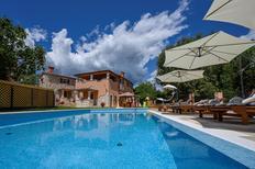 Casa de vacaciones 1573984 para 10 personas en Cepic cerca de Kršan