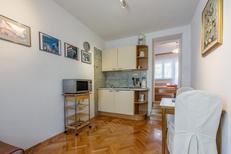 Ferienwohnung 1575251 für 3 Personen in Crikvenica
