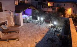Ferienhaus 1576854 für 6 Personen in Mravince