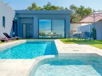 Ferienhaus 1577004 für 9 Personen in Agia Marina
