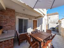 Ferienhaus 1577187 für 8 Personen in Kožino