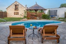Ferienhaus 1577825 für 10 Personen in Bogatic