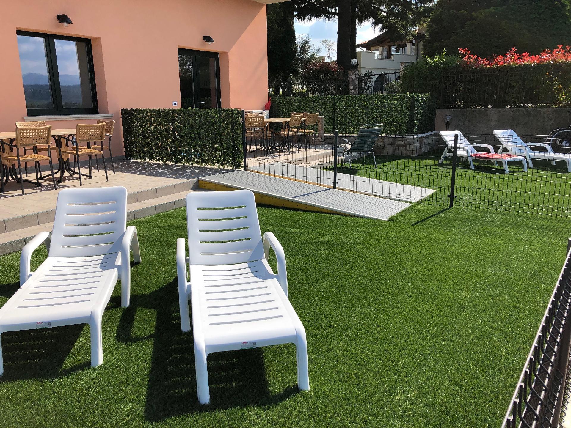 Ferienwohnung für 5 Personen ca. 65 m² i   Gardasee - Lago di Garda