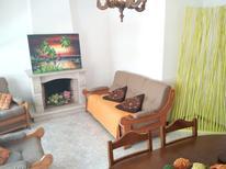 Appartement 1578426 voor 6 personen in Espinho