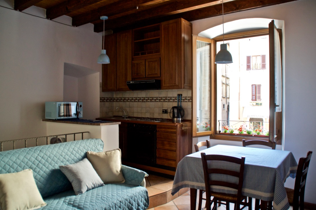 Ferienwohnung für 4 Personen ca. 45 m² i   Gargnano