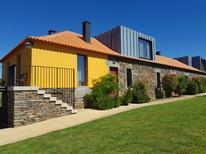 Vakantiehuis 1581948 voor 14 volwassenen + 2 kinderen in Carvalhal-Avidagos