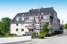 Ferienwohnung 1584453 für 3 Erwachsene + 2 Kinder in Scharbeutz