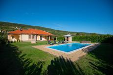 Holiday home 1586896 for 8 persons in Donji Proložac
