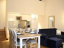 Holiday apartment 1586923 for 4 persons in Rochefort