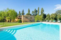 Vakantiehuis 1586993 voor 8 personen in Ponsacco