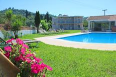 Ferienhaus 1588860 für 24 Personen in Karousades