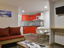 Holiday apartment 1591404 for 5 persons in Plagne Bellecôte