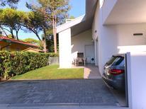 Vakantiehuis 1593133 voor 10 personen in Bibione