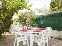 Ferienhaus 1593564 für 4 Personen in Narbonne