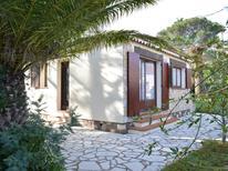 Vakantiehuis 1593944 voor 5 personen in Saint-Aygulf