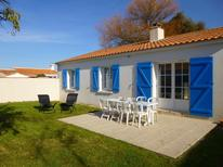 Holiday home 1594738 for 8 persons in L'Épine