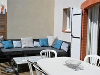 Dom wakacyjny 1594860 dla 8 osób w Grospierres