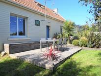 Holiday home 1596790 for 4 persons in Ploemeur