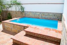 Ferienhaus 1597516 für 6 Personen in Torrox