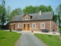 Ferienhaus 1598705 für 8 Personen in Angerville-l'Orcher