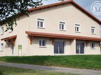 Dom wakacyjny 1599051 dla 6 osób w Saint-Georges-de-Baroille