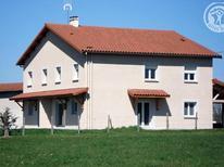 Dom wakacyjny 1599052 dla 6 osób w Saint-Georges-de-Baroille