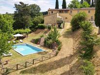 Ferienhaus 1599101 für 8 Personen in Fabbrica di Peccioli