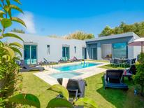 Casa de vacaciones 1599280 para 9 personas en Agia Marina
