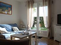 Ferienhaus 1600779 für 4 Personen in Saint-Denis-d'Oléron